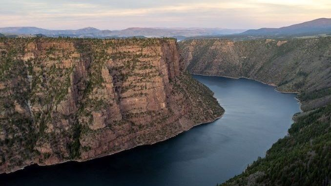 flaming_gorge_by_matthew_dillon_flickr.jpg