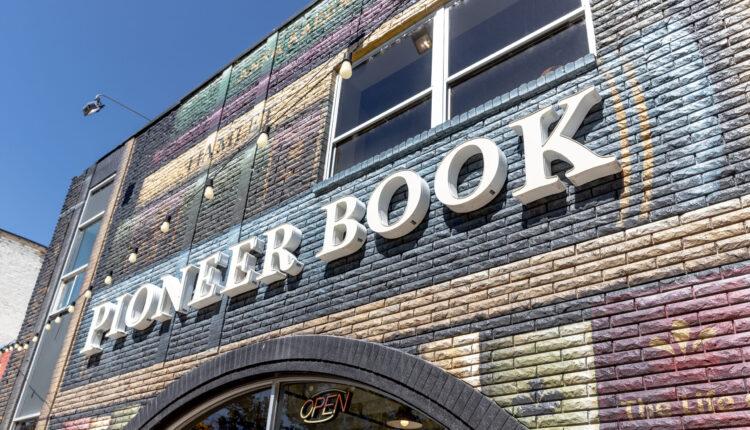 Pioneer-Book-03-scaled.jpg
